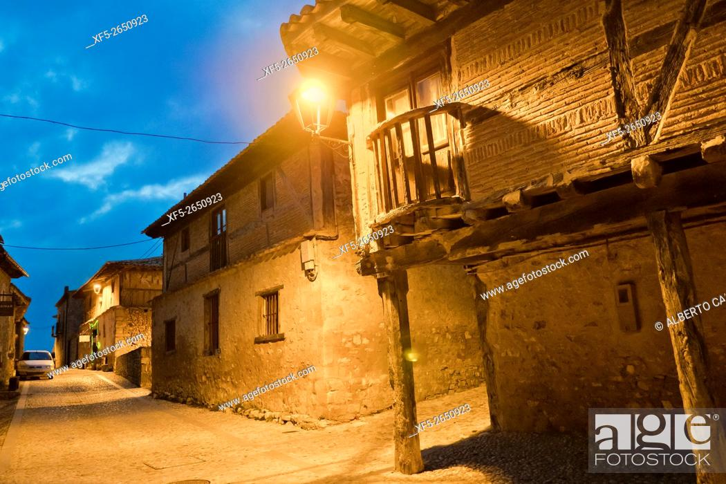 Imagen: Typical Architecture, Calatañazor, Medieval Town, Soria, Castilla y León, Spain, Europe.