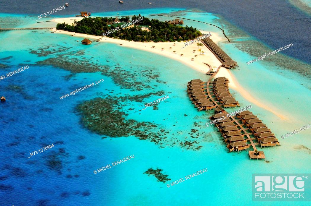 Stock Photo: Indian Ocean, Maldives, Alifu Dhaalu Atoll, Constance Moofushi Resort, Aerial view.