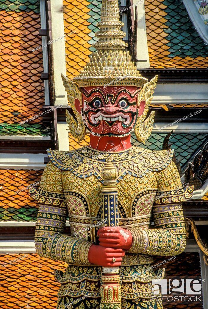 Stock Photo: thailand. bangkok. grand palace and emerald buddha temple wat phra kaeo.
