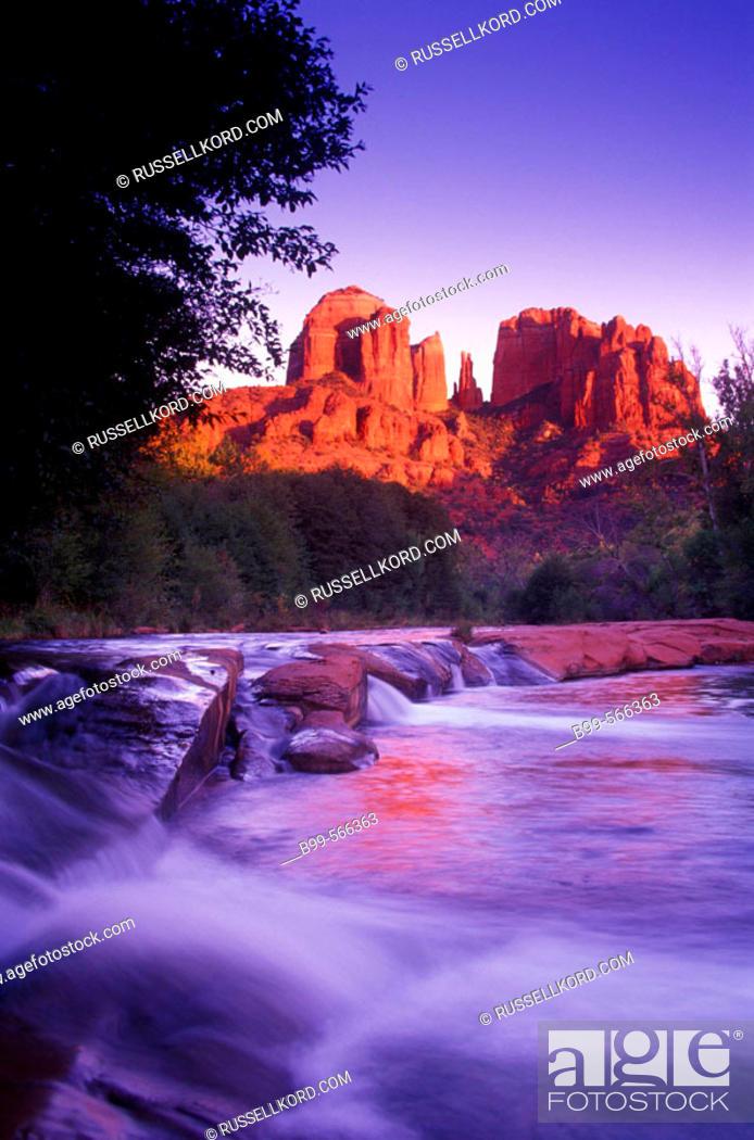 Stock Photo: Scenic Cathedral Rock & Red Rock River Crossing, Sedona, Arizona, Usa.