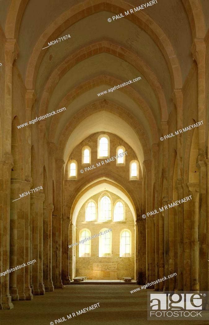 Stock Photo: Fontenay, ehemaliges Zisterzienserkloster, glise, 1140 - 1147.