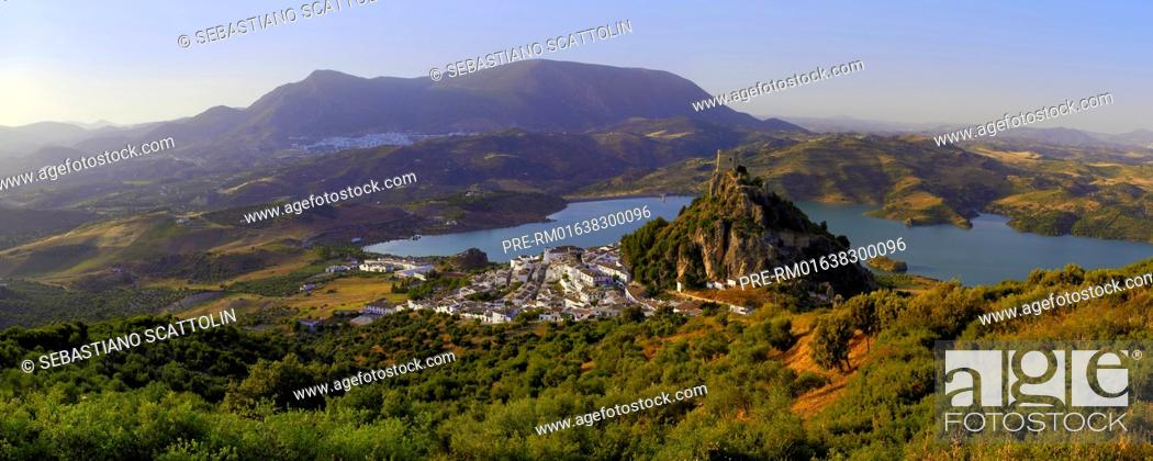 Stock Photo: View of the village Zahara de la Sierra and the castle, Andalusia, Spain, Europe / Blick auf Zahara de la Sierra, Andalusien, Spanien, Europa.