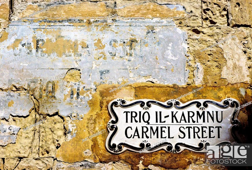 Stock Photo: Malta, La Valette, plaque.