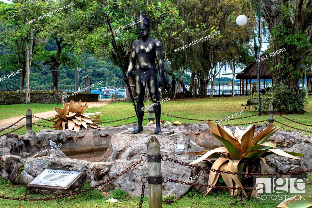 Stock Photo: Statue Cunhambebe, Tupinambás, Park Tupiniquins, Bertioga, São Paulo, Brazil.