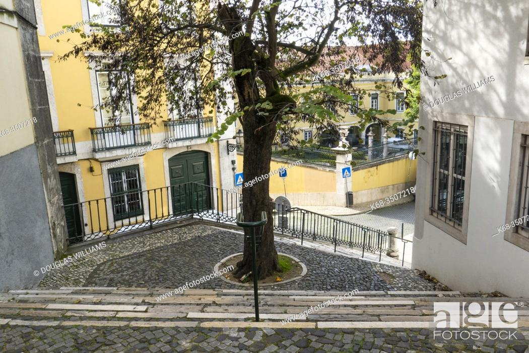 Imagen: Alfama, Lisbon, Portugal.