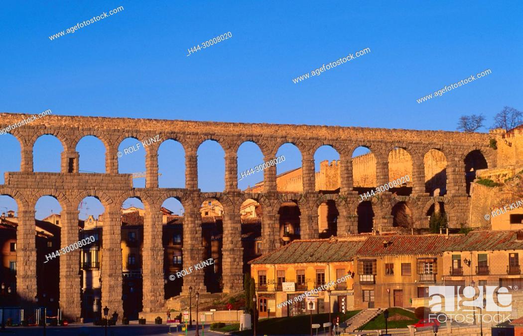 Imagen: Römischer Aquädukt, Segovia, Stadt, Kastilien-Leon, Provinz Segovia, Spanien.