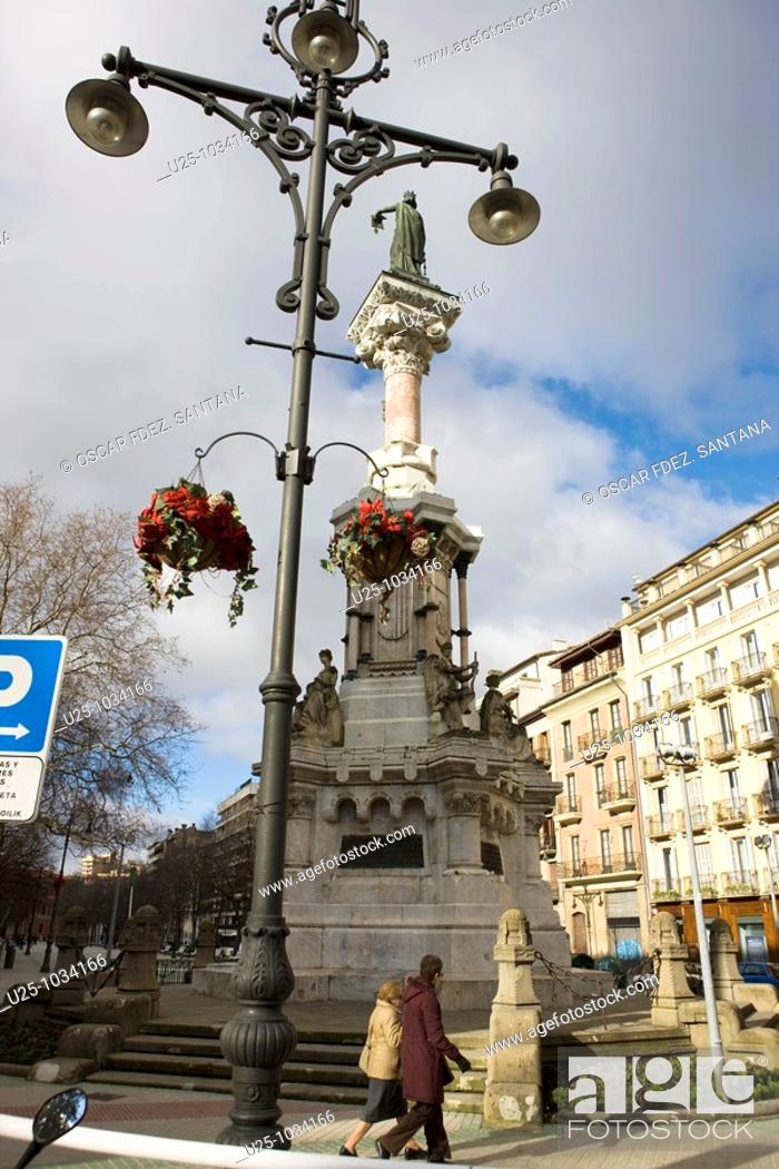 Stock Photo: Monument to the Fueros de Navarra, Paseo de Sarasate, Pamplona, Navarre, Spain.