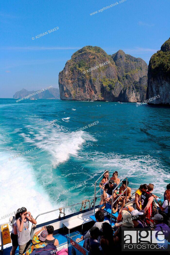 Imagen: Thailand Krabi Phi Phi Islands Aboard the ferry to Phi Phi Islands.