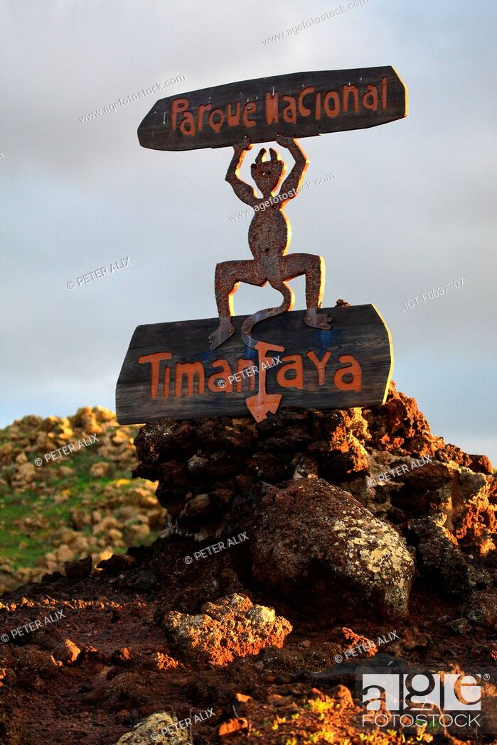 Stock Photo: Spain, Canary islands, Lanzarote, National park of Timanfaya.