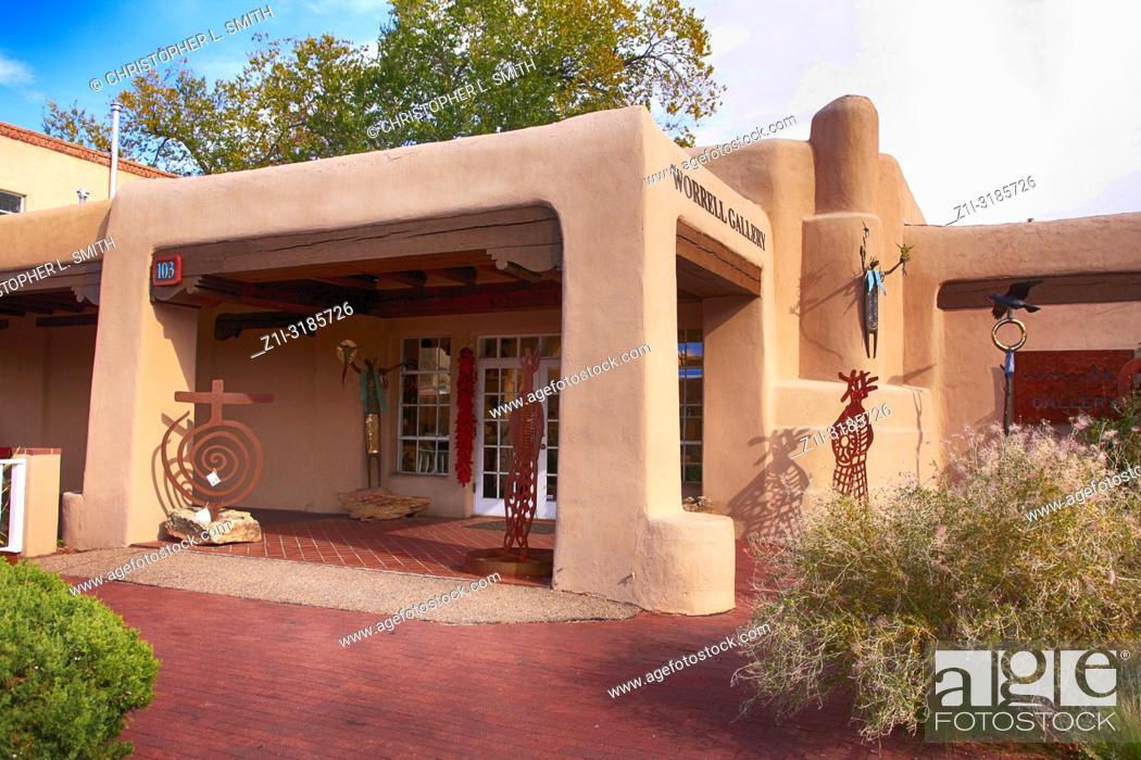 Stock Photo: Worrell Gallery on the corner of Washington Ave in downtown Santa Fe, New Mexico USA.