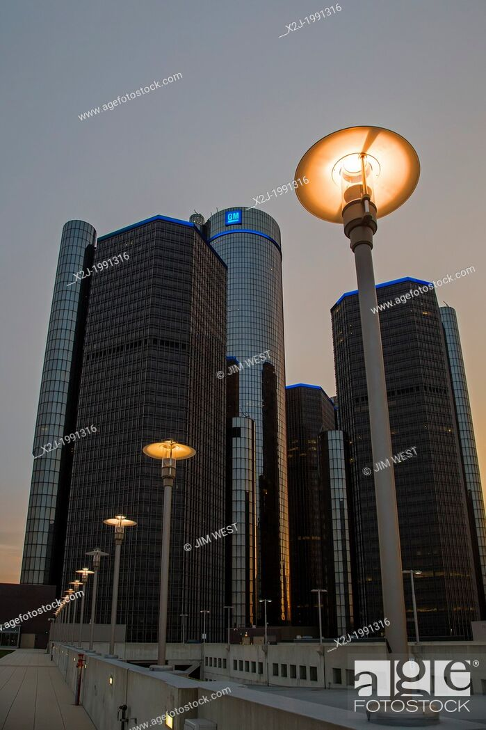 Stock Photo: Detroit, Michigan - The Renaissance Center, which houses General Motors headquarters and a Marriott Hotel.