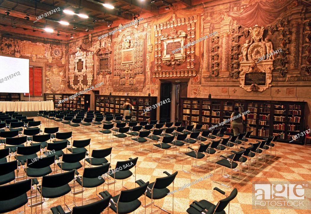Stock Photo: Italy, Emilia Romagna, Bologna, Hall of Jurists, Stabat Mater Hall, 16th Century, Archiginnasio Municipal Library.