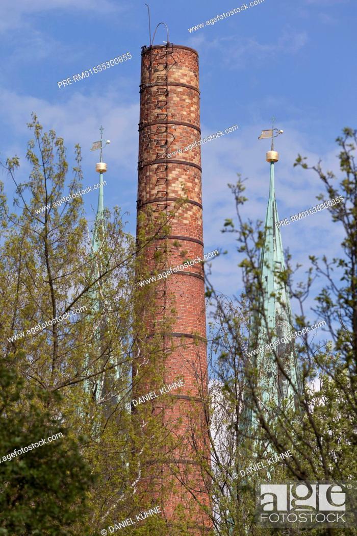 Stock Photo: Chimney, Quedlinburg, Harz District, Harz, Saxony-Anhalt, Germany / Schornstein, Quedlinburg, Landkreis Harz, Harz, Sachsen-Anhalt, Deutschland.