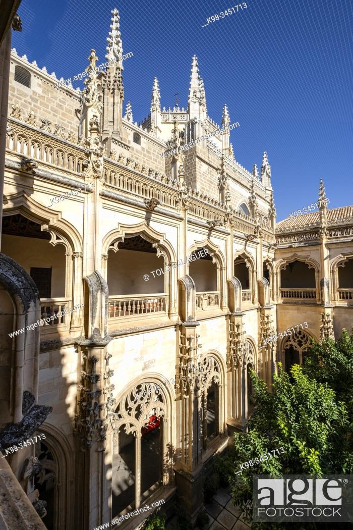 Imagen: claustro Alto, Monasterio de San Juan de los Reyes, Toledo, Castilla-La Mancha, Spain.