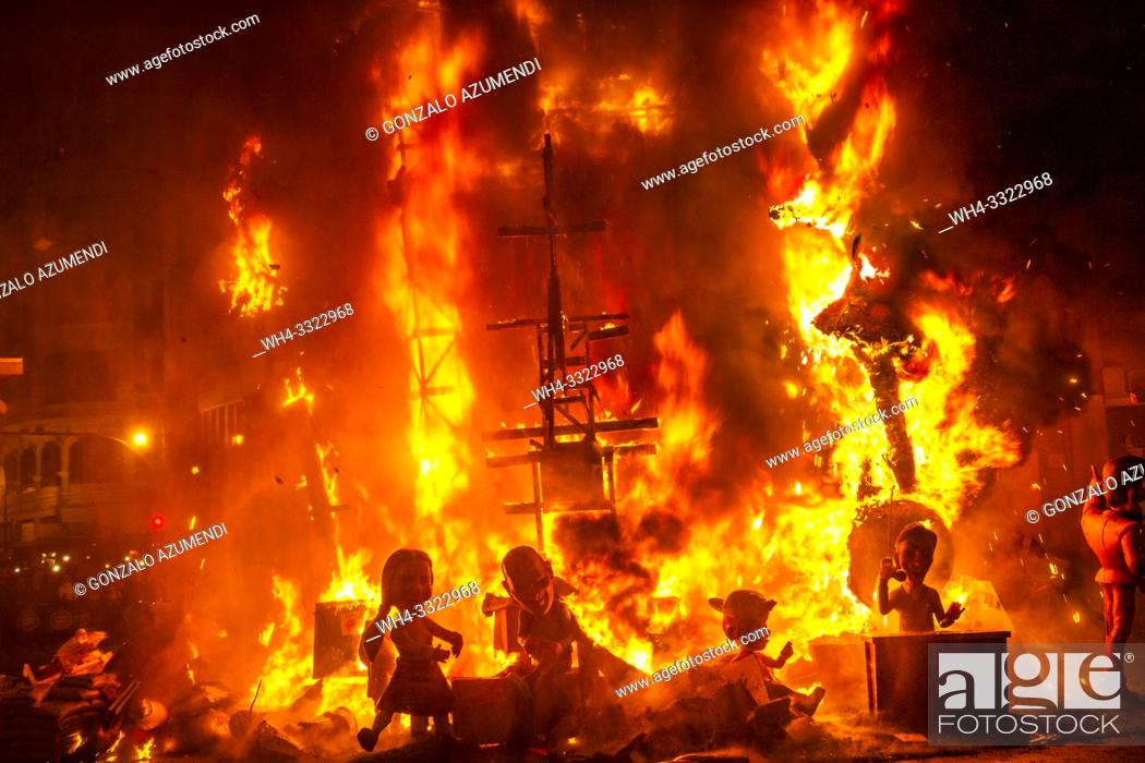 Stock Photo: Fallas festival. La Crema. The Burning. On 19 March all of the sculptures go up in flames. Burning in the St Joseph night. Valencia.
