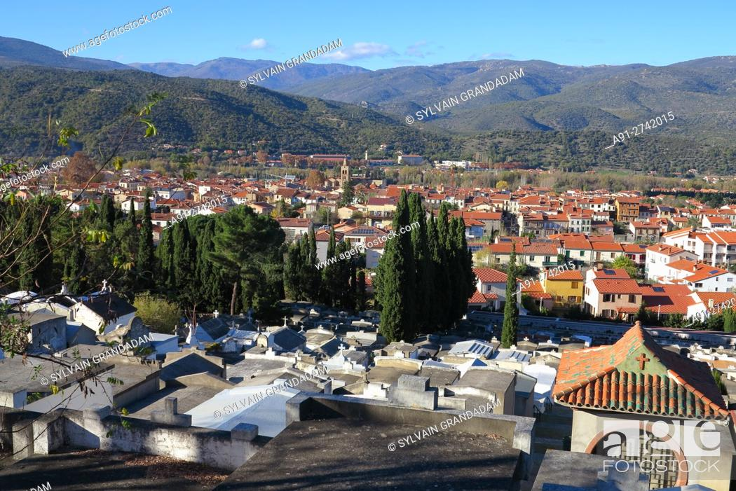 Stock Photo: France, Roussillon, Pyrenees orientales (66), city of Prades, the cemetery.