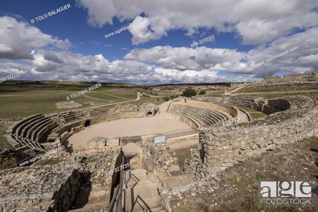 Imagen: Anfiteatro de Segóbriga, parque arqueológico de Segóbriga, Saelices, Cuenca, Castilla-La Mancha, Spain.