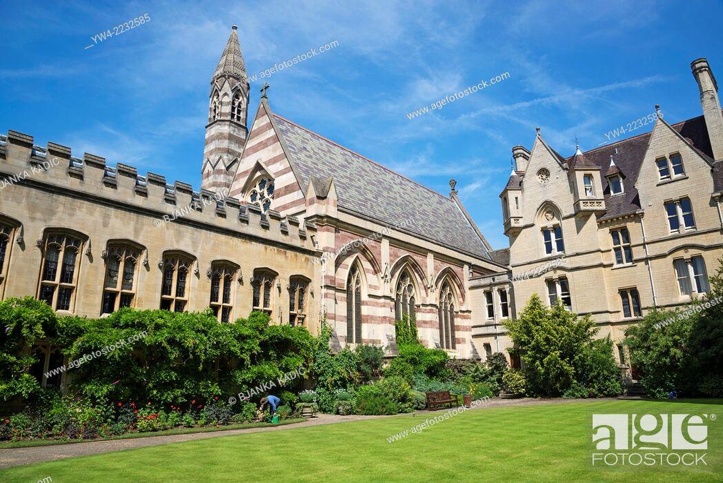 Stock Photo: Front Quadrangle with the Chapel, Balliol College, Oxford, England, UK.