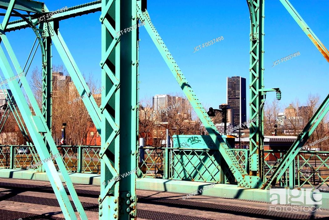 Stock Photo: Canada, Quebec, Montreal, Lachine canal.