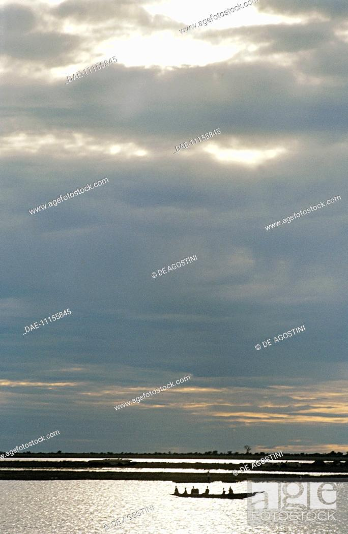 Stock Photo: Clouds over the Niger River, Mali.