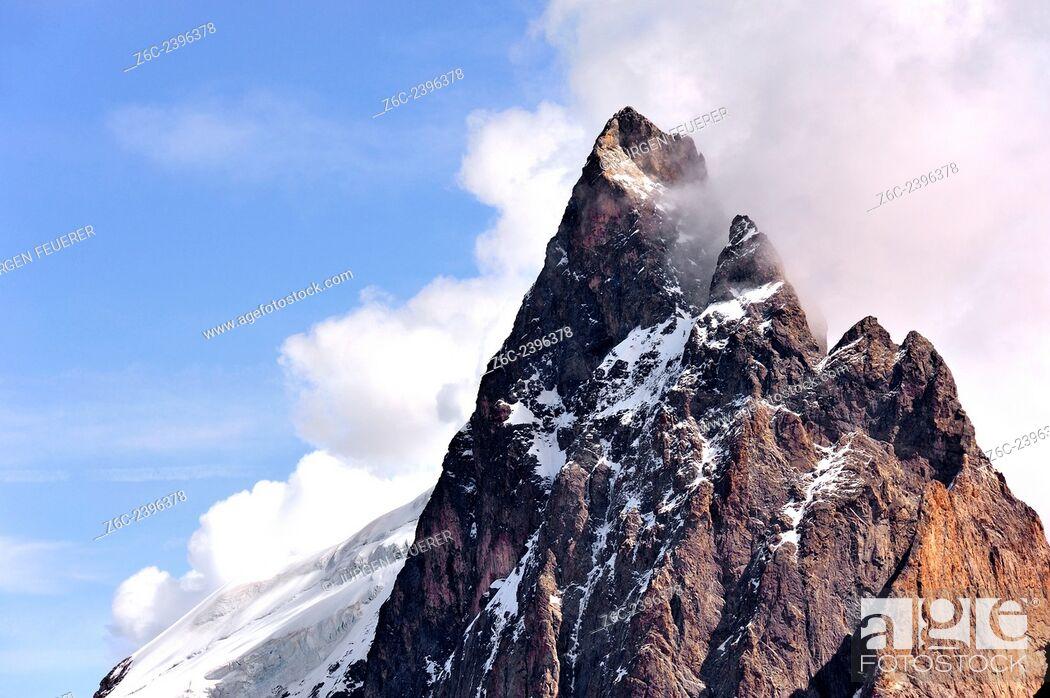 Stock Photo: Mountain top of mountain La Meije; La Grave; Écrins, Hautes-Alpes, French Alps, France.