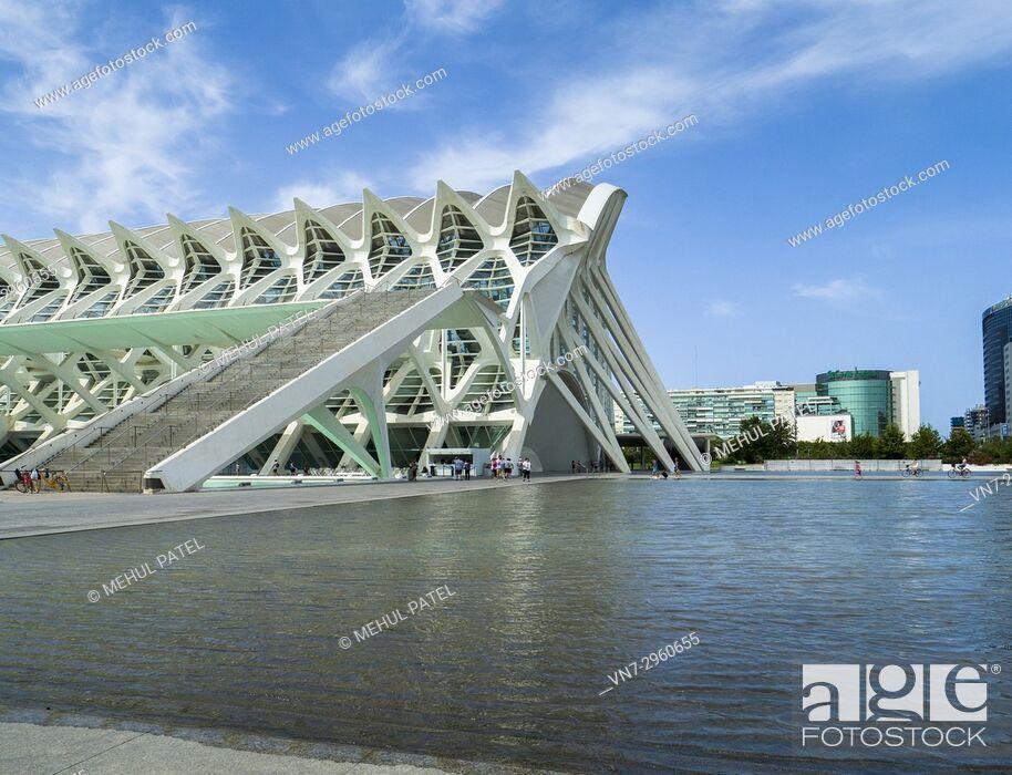 Stock Photo: Science Museum (Museu de les Ciències) designed by architect Santiago Calatrava in the City of Arts and Sciences complex, Valencia, Spain.