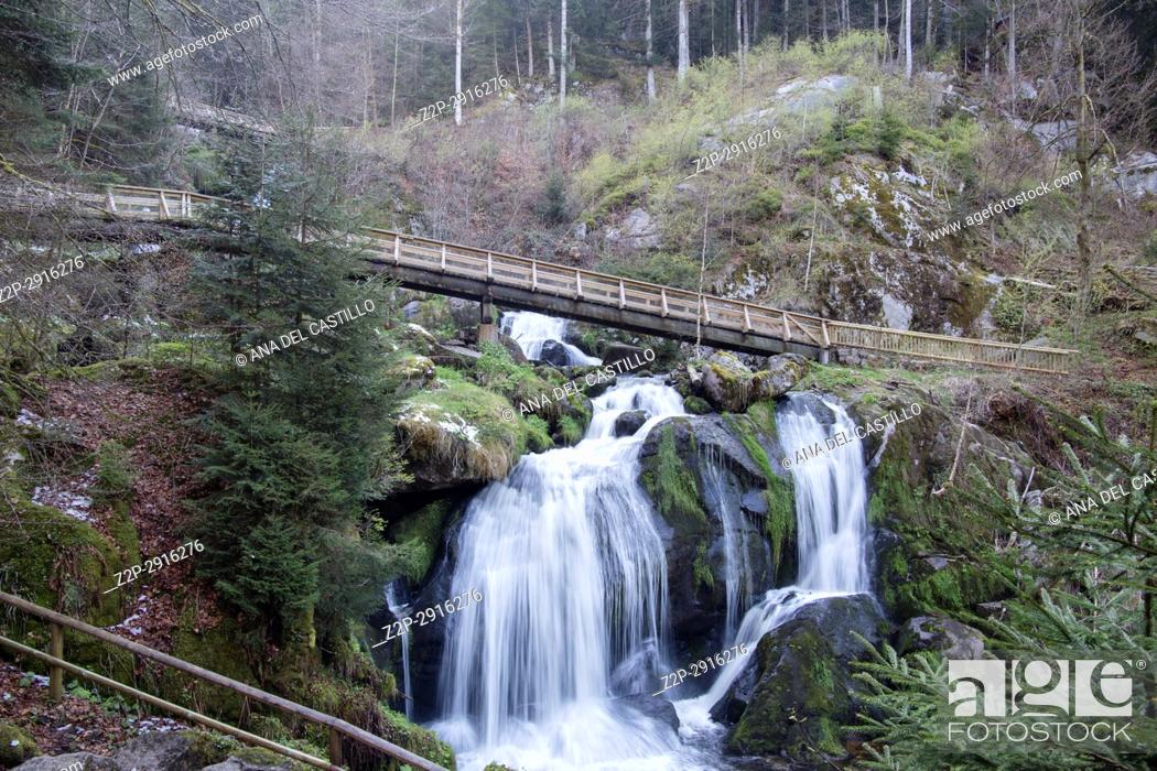 Imagen: Wasserfall Triberg cascades Black forest Germany.