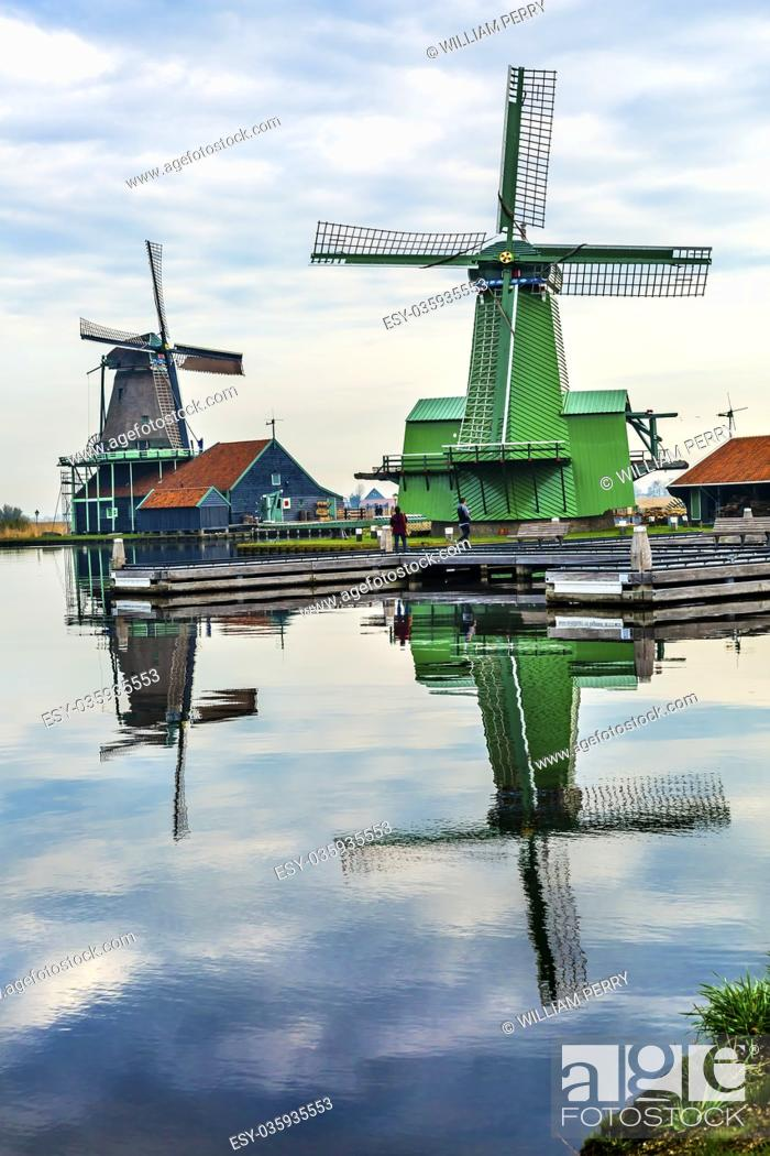 Photo de stock: Wooden Windmills Zaanse Schans Old Windmill Village Countryside Holland Netherlands. Working windmills from the 16th to 18th century on the River Zaan.