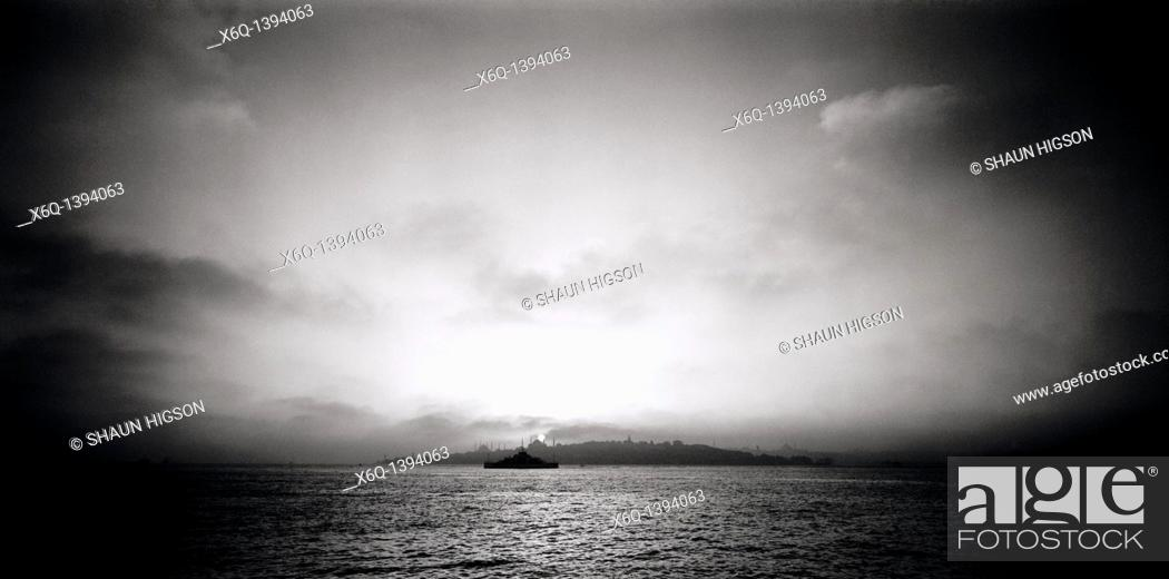 Stock Photo: A panoramic view over the Bosphorus of the Istanbul skyline, Turkey.
