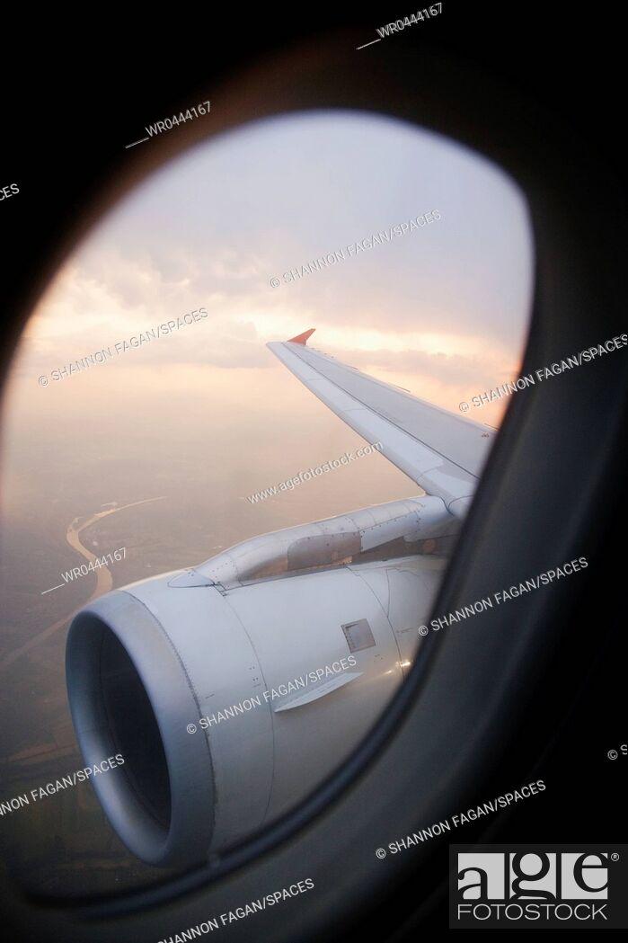 Imagen: Airplane Engine.