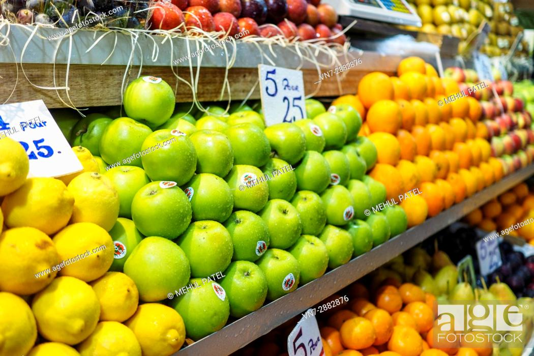 Stock Photo: Fresh fruit on sale at Central Market, Port Luis, Mauritius, Africa.