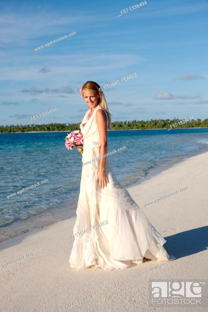 Stock Photo: Wedding. Aitutaki in The Cook Islands.