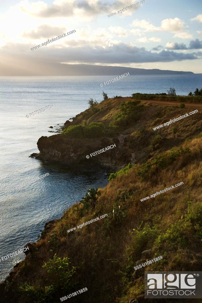 Stock Photo: Pacific ocean with coastal cliff.