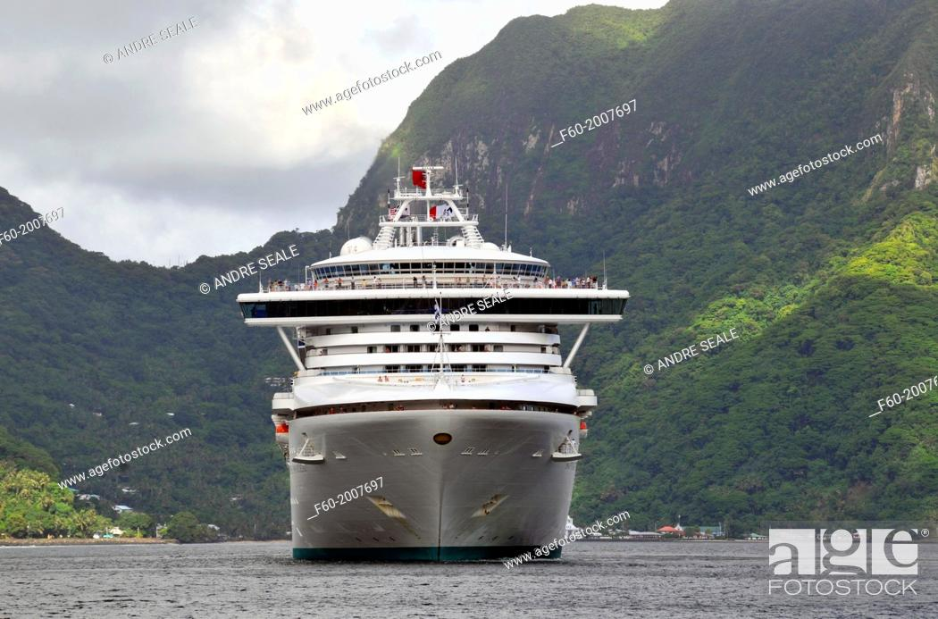 Stock Photo: Cruiseship arriving in the Pago Pago port, capital of American Samoa, Pacific.