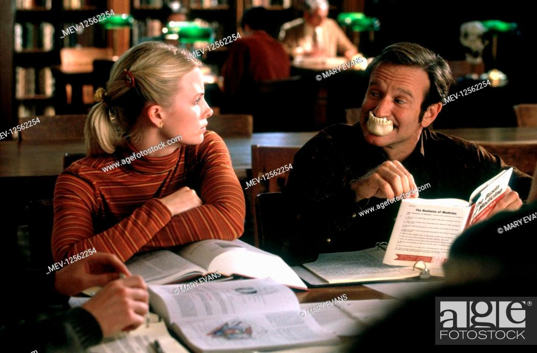 Monica Potter Robin Williams Characters Carin Patch Adams Film Patch Adams 1998 Director Stock Photo Picture And Rights Managed Image Pic Mev 12562254 Agefotostock