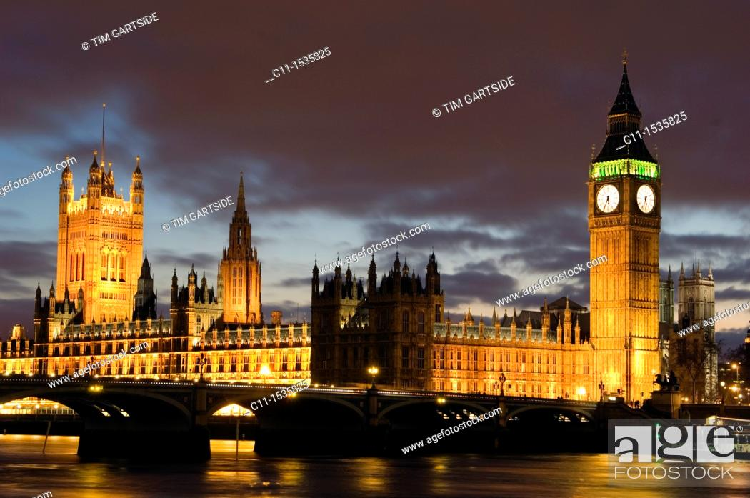 Imagen: big ben westminster houses of parliament night london england uk.