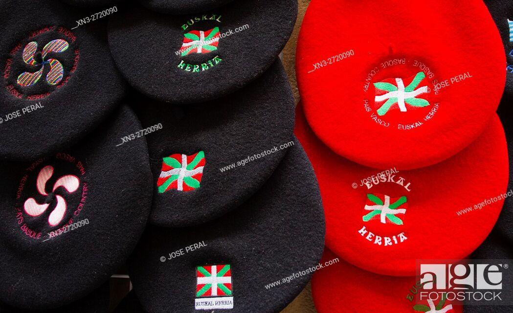 Imagen: Chapela is a traditional Basque-style beret, Basque Country Flag, Donostia, San Sebastian, Gipuzkoa, Basque Country, Euskadi, Spain, Europe.