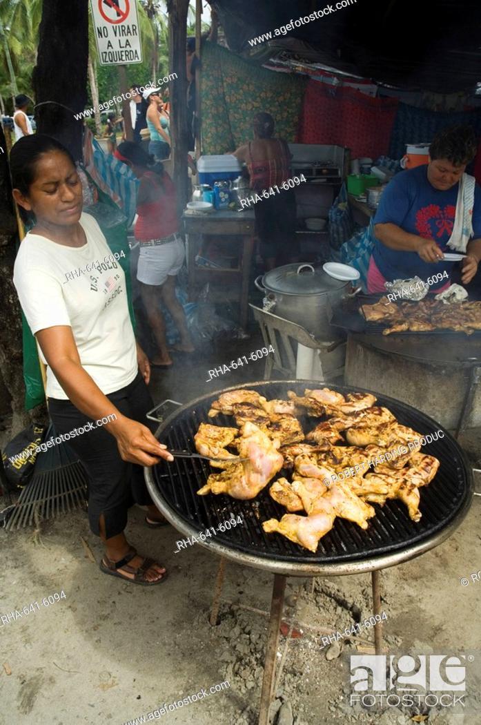 Stock Photo: Food vendors, Manuel Antonio, Costa Rica, Central America.