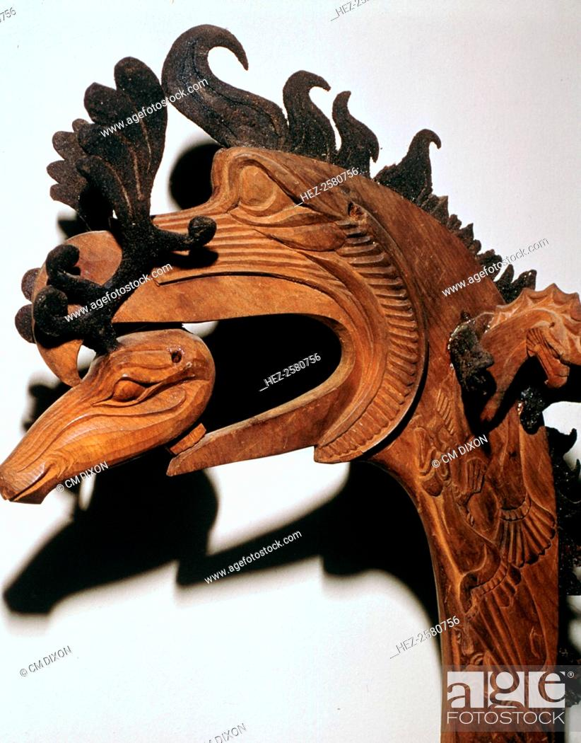 Photo de stock: Scythian crest for a horse in the shade of a gryphon's head. From barrow two at Palyrk, Altai, in Russia. Currently at the Heritage Museum in Leningrad.
