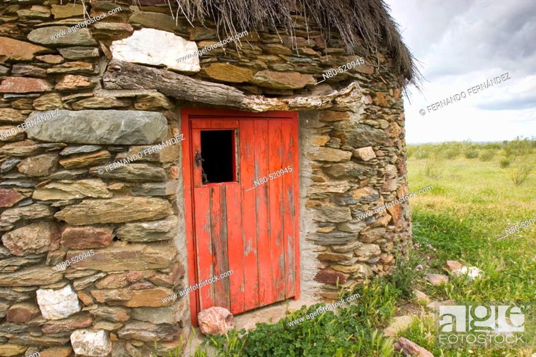 Stock Photo: Typical stone hut. Membrio, Provincia de Cáceres, Extremadura, Spain.