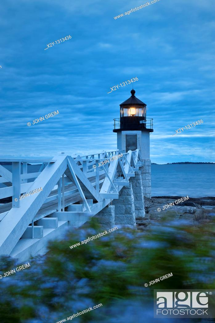 Stock Photo: Marshall Point Light, Port Clyde, Maine, ME, USA.