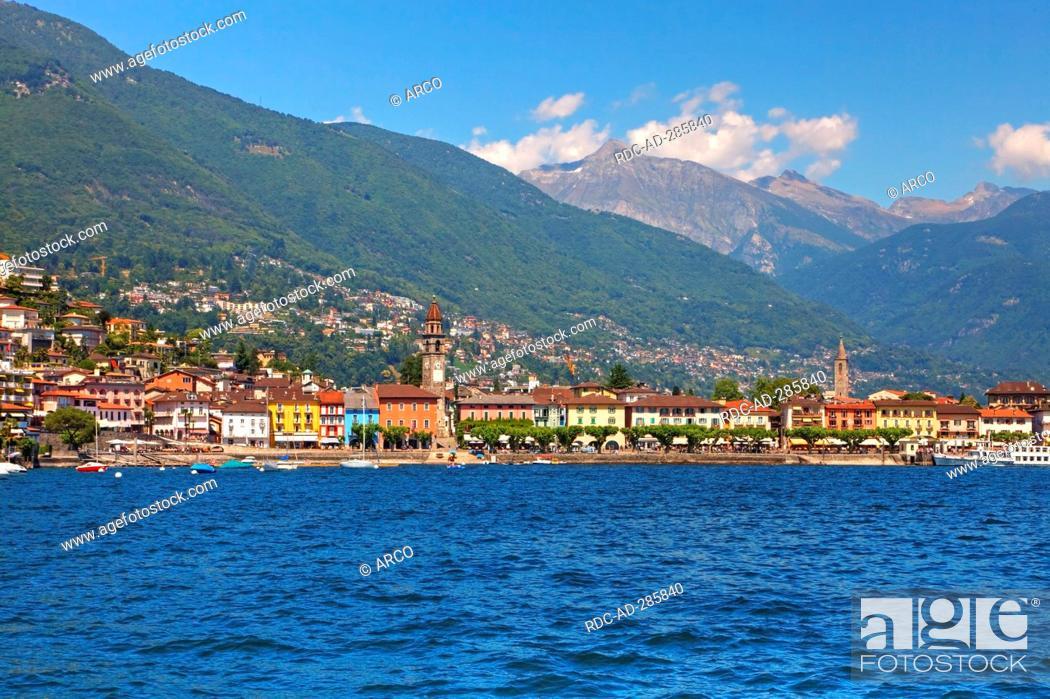Imagen: Lakeside promenade, Lago Maggiore, Ascona, Locarno, Ticino, Switzerland.
