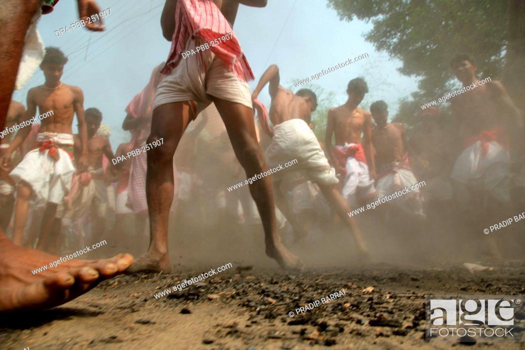 Imagen: Bankura festival, west bengal, india, asia.