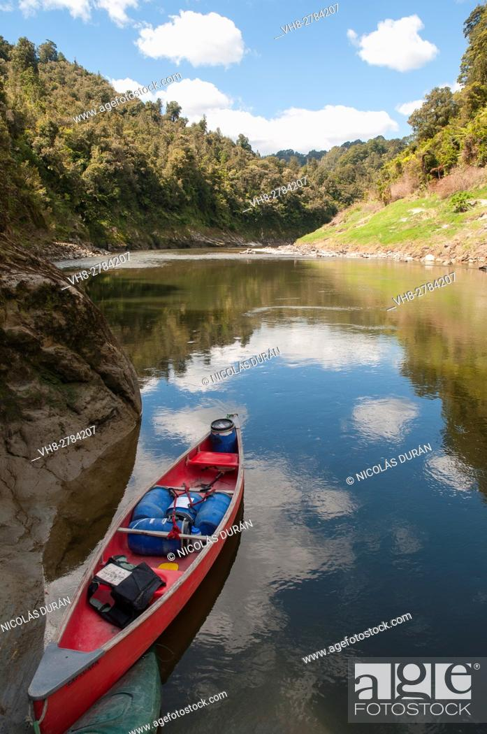 Stock Photo: Whanganui River National Park. New Zealand.