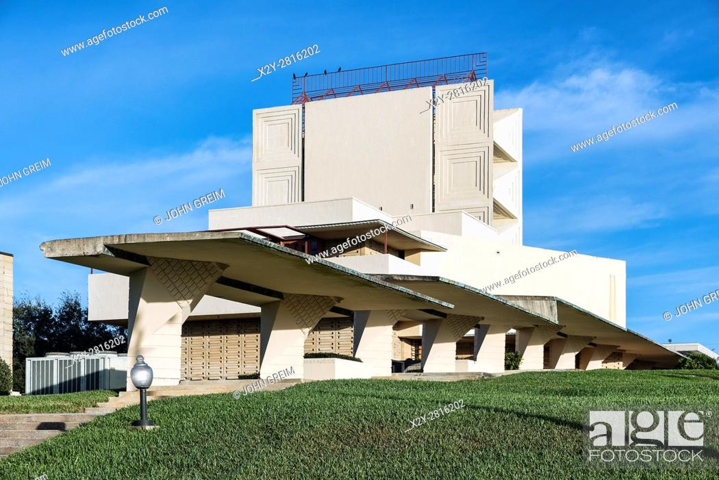 Stock Photo: Annie Pfeiffer Chapel designed by Frank Loyd Wright for Florida Southern College, Lakeland, Florida, USA.