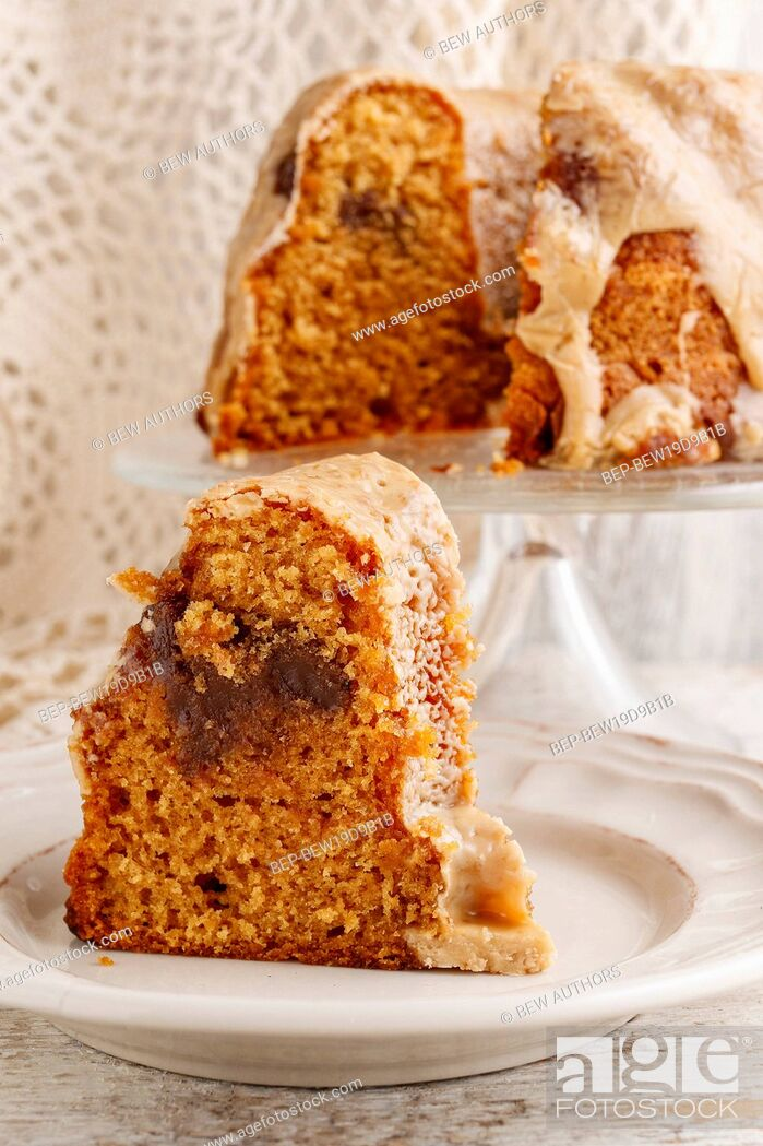 Imagen: Babka - traditional easter yeast cake, popular in Eastern Europe. It is traditionally baked for Easter Sunday in Poland, Bulgaria, Macedonia, and Albania.