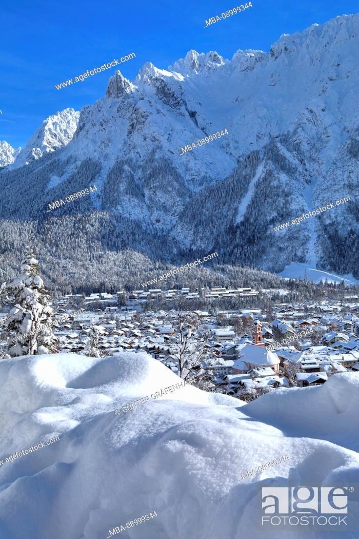 Stock Photo: Panoramic view over the village against Karwendel mountains with mount Viererspitze in winter, Mittenwald, Werdenfelser Land, Upper Bavaria, Bavaria, Germany.
