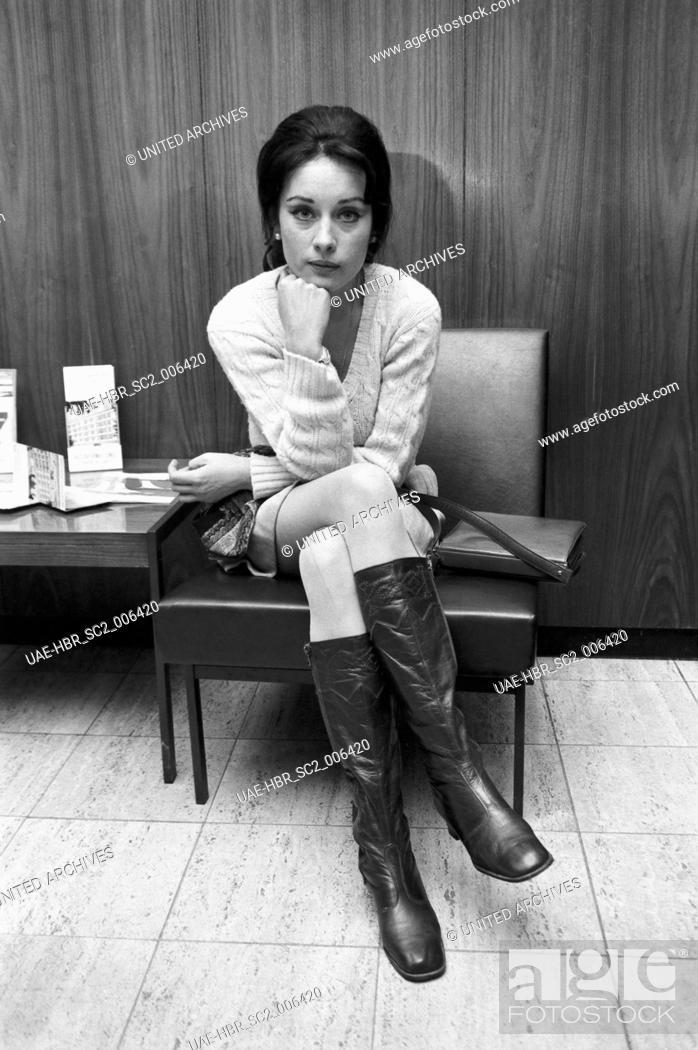 Imagen: Die deutsche Schauspielerin und Regisseurin Vera Tschechowa, Deutschland 1970er Jahre. German actress and director Vera Tschechowa, Germany 1970s.