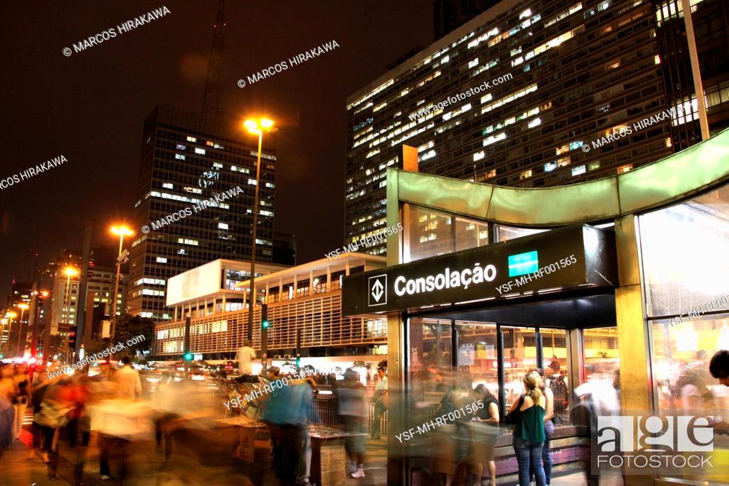 Stock Photo: City Urbana, special effect, Avenida Paulista, Capital, São Paulo, Brazil.