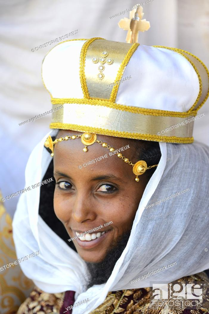 Stock Photo: Ethiopia, Tigray, Aksum, Young bride wearing a ceremonial crown.
